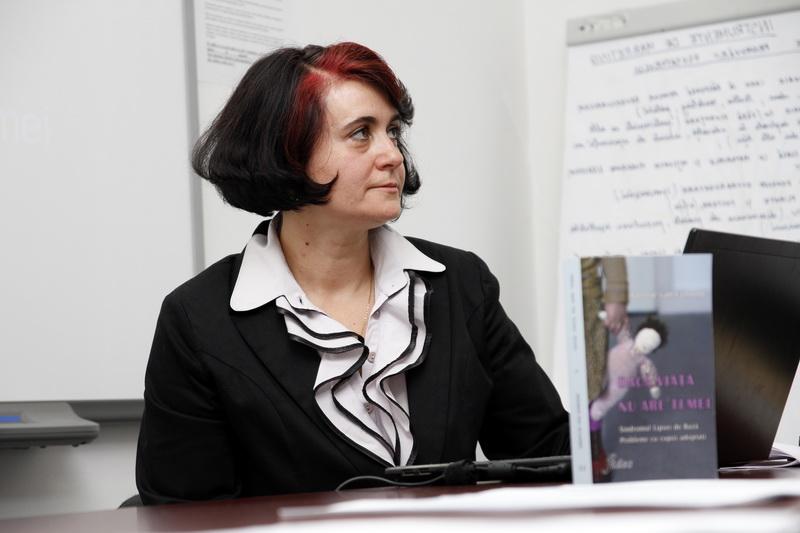 Prof.univ.dr Cristina Stoica resize