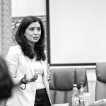 """Anda Păcurar, absolventă a UPA, a conferențiat pe tema """"Rolul psihoterapetului și imaginea lui în mass-media"""""""