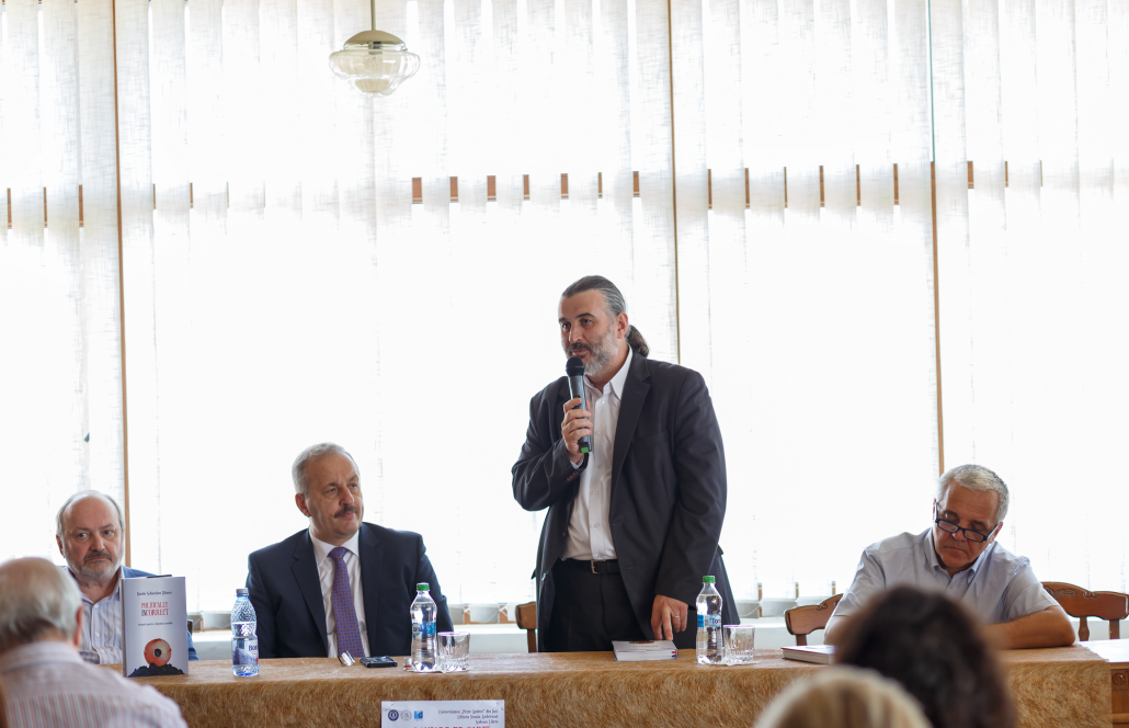 Vasile Dâncu a vorbit despre alegerile prezidenţiale la ...  |Vasile Dancu
